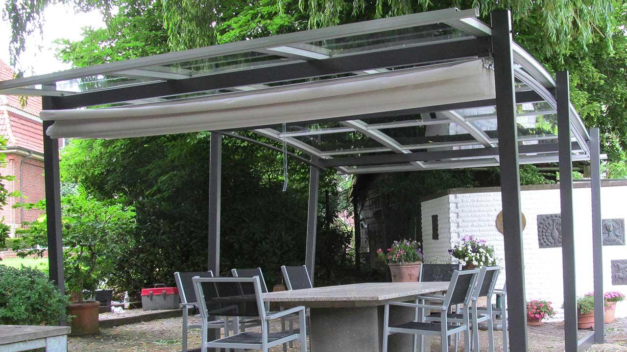 Garten-Überdachung / Garten-Dach mit Beschattung VÖROKA SAKURA