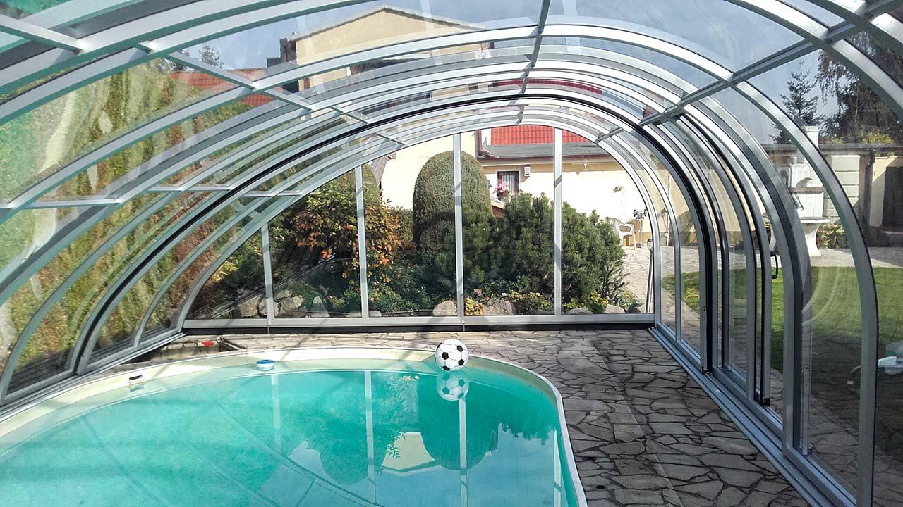 Poolhalle hoch & asymmetrisch VÖROKA EXCLUSIV