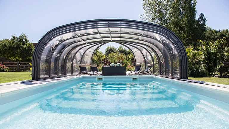 Pool hall / pool roofing high & anthracite VÖROKA