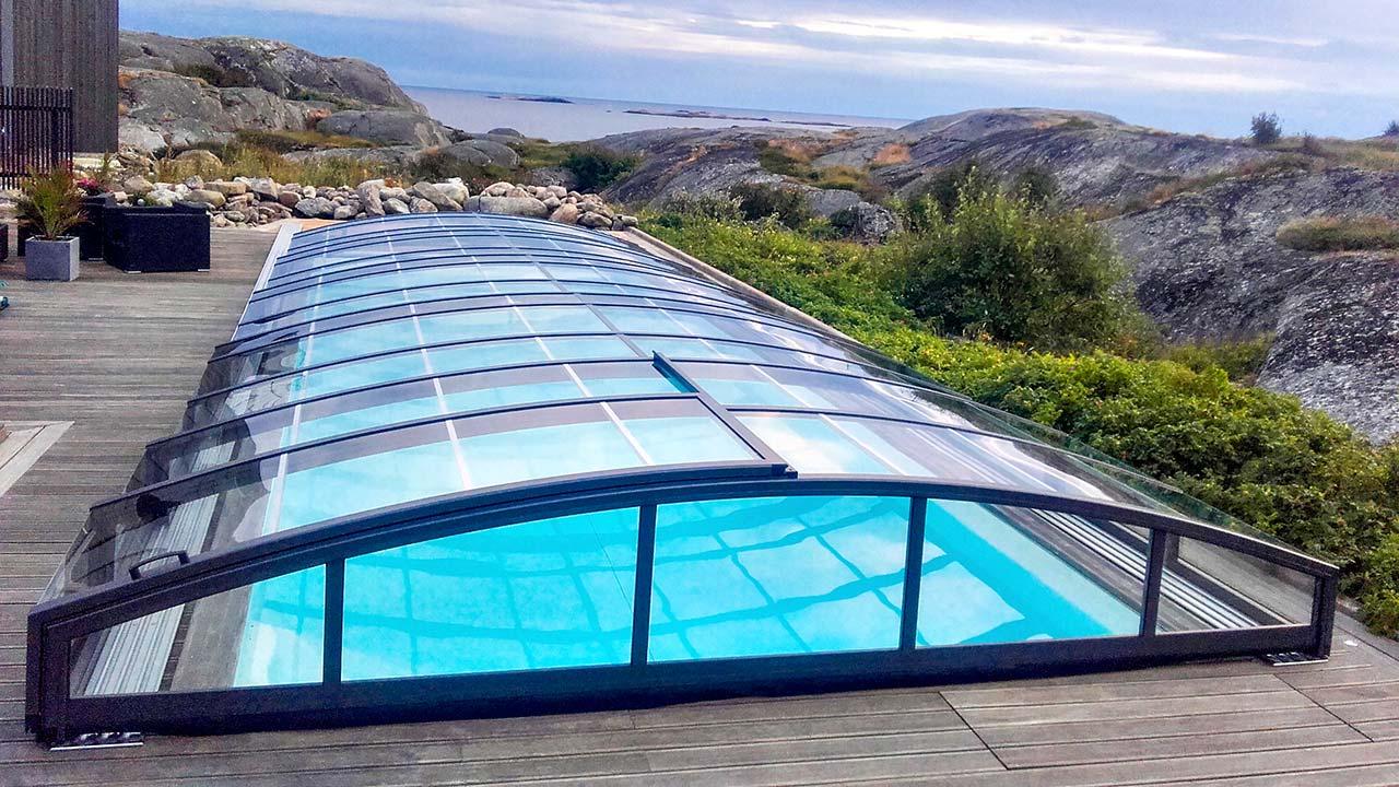 Toit de piscine semi-haut VÖROKA CARAT